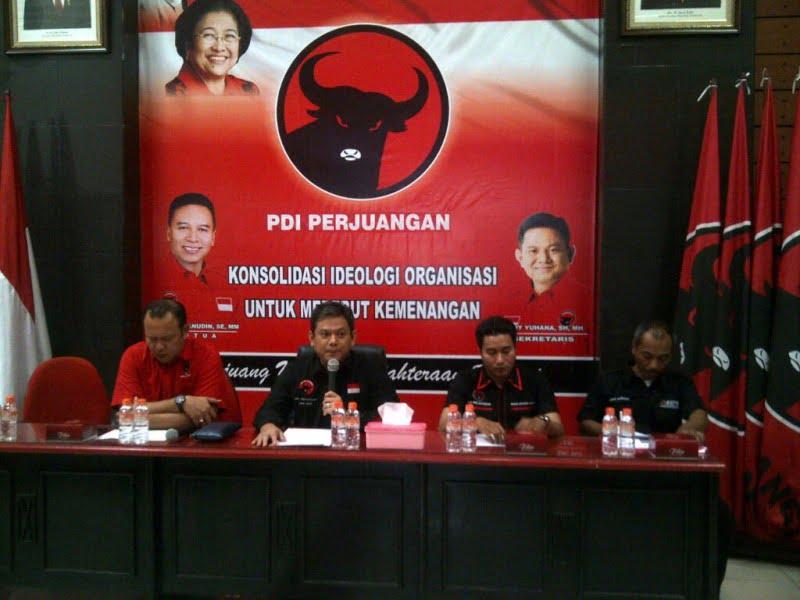 Photo of PDI Perjuangan : Ahmad Dhani Bukan Gangguan Berarti di Pilkada Bekasi