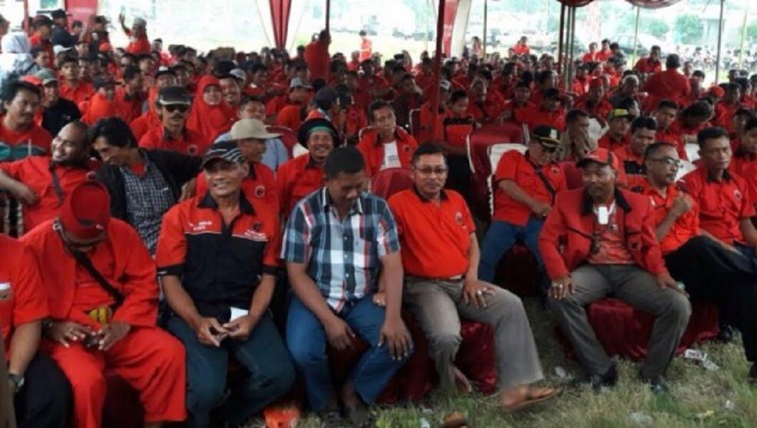 Photo of Dukung Meilina-Lik di Pilbup Bekasi, Kader PDI Perjuangan Kumpulkan Dana
