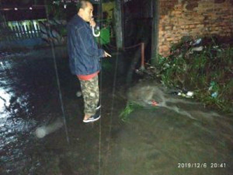 Photo of Tinjau Banjir Anggota DPRD Kota Sukabumi turun ke jalan