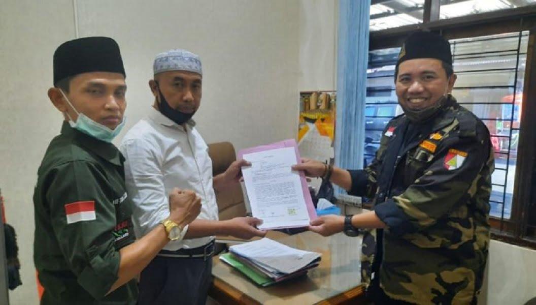 Photo of Akun Ustadz Fahmi Al-Anjatani, Pengunggah Hoax Ansor Kepung PDI Perjuangan Dilaporkan ke Polisi