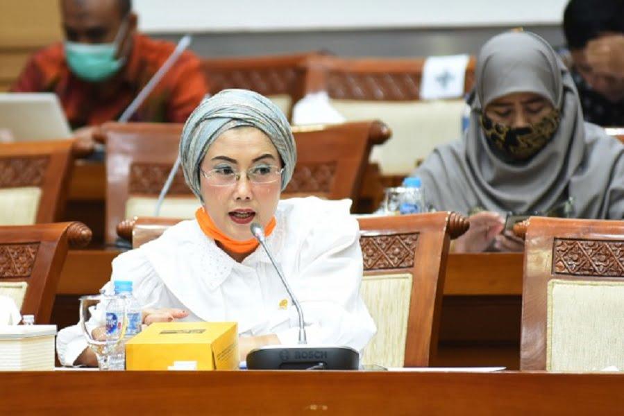 Photo of Ekonomi Terkontraksi, Komisi VIII : Bansos Sangat Vital Untuk 'Bounce Back'