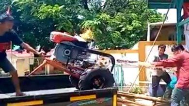Photo of Dua Kelompok Tani di Karawang Terima Bantuan Mesin Traktor dari Anggota DPR RI Fraksi PDI-P