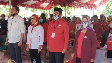 Photo of Hari Pertama, Paslon Nina-Lucky Daftar ke KPU Diusung Empat Partai